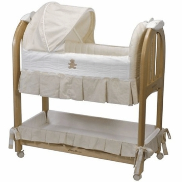 Eddie Bauer Musical Rocking Bassinet in Natural