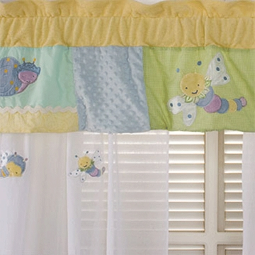KidsLine Snug As A Bug Drapes