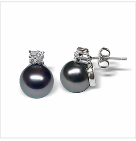 Cyrus a Black Tahitian South Sea Cultured Pearl Earring