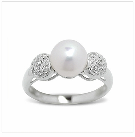 Annika a Japanese Akoya Cultured Pearl Ring