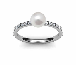 Cultured Pearl & Diamond Rings