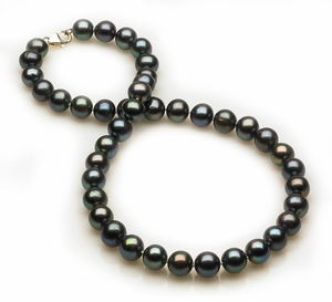 7 - 8mm Black Freshwater Pearl Necklace