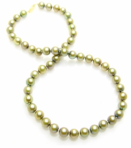 8 x 8.5mm Pistachio Pearl Necklace