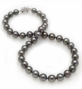 8.2 x 9.8mm Black Tahitian Pearl Necklace