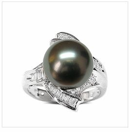Veronica Black Tahitian South Sea Pearl Ring