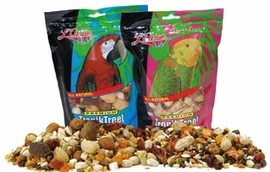 L'Avian Plus Tropiktreet For Parrots 20 Lb Bag