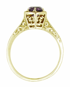 Art Deco Amethyst Engraved Filigree Ring in 14 Karat Yellow Gold - Click to enlarge