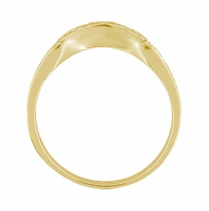 Art Deco Curved Wedding Band in 18 Karat Yellow Gold - Item R717Y - Image 4