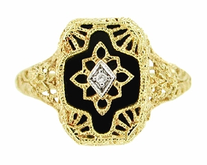 Art Deco Filigree Onyx and Diamond Ring in 14 Karat Yellow Gold - Click to enlarge