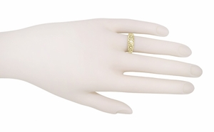 Edwardian 14 Karat Yellow Gold Filigree Diamond Ring | Heirloom Bezel Setting - Item R197Y - Image 2