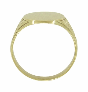 Mens Victorian Oval Antique Signet Ring in 10 Karat Gold - Click to enlarge