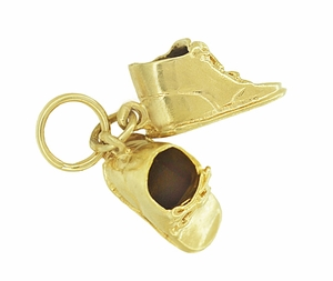 Vintage Baby Shoes Charm in 14K Yellow Gold - Click to enlarge