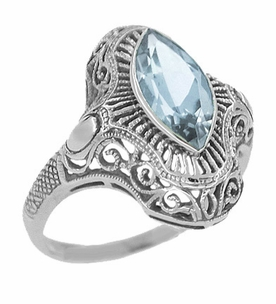 Art Deco Aquamarine Filigree Cocktail Ring in 14 Karat White Gold - Click to enlarge