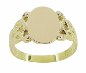 Art Nouveau Oval Signet Ring in 14 Karat Yellow Gold - Click to enlarge