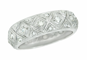 Art Deco Diamond Set Antique Wedding Band in Platinum - Size 9 - Click to enlarge
