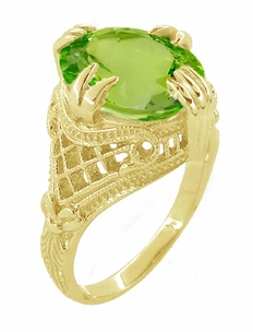 Peridot Art Deco Filigree Ring in 14 Karat Yellow Gold - Item R157YPER - Image 2