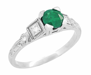 Emerald and Diamond Art Deco Engagement Ring in 18 Karat White Gold - Item R155 - Image 1