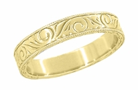 Men's Art Deco Antique Scrolls Engraved Wedding Band in 18 Karat Yellow Gold