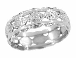Art Deco Floral Scalloped Filigree Wedding Band in 14 Karat  White Gold