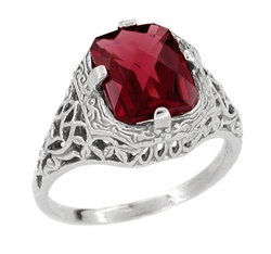 Art Deco Flowers and Leaves Rhodolite Garnet Filigree Ring in 14 Karat White Gold