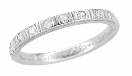 Antique Art Deco Diamond Wedding Ring in 18 Karat White Gold - Size 5