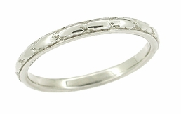 Art Deco Engraved Band Antique Wedding Ring in 18 Karat White Gold