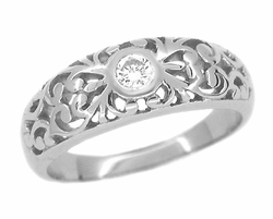 Edwardian Filigree Diamond Ring in Platinum | Low Profile Vintage Ring