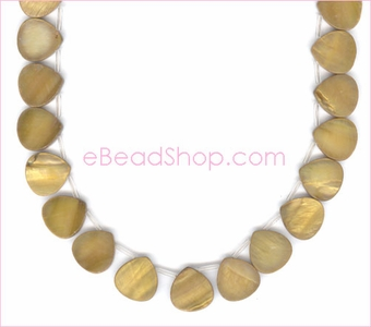 Mother of Pearls<br>Top Side Drilled Hearts Light Gold