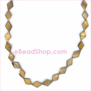 Mother of Pearls<br>Diamond Gold