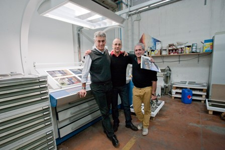 Andrea Albertini, Philip-Lorca diCorcia and Dennis Freedman on press at Damiani. Philip-Lorca diCorcia on press with Eleven