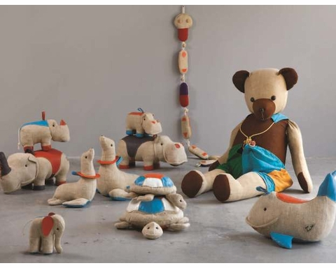 Renate M�ller: Toys + Design