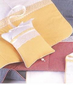 classic gingham crib bedding by blauen