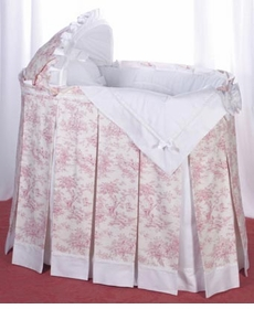 toile bassinet ensemble with bonnet