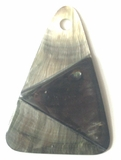 Blacklip triangle pyramid 40mm