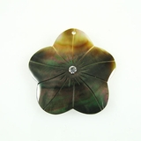 Blacklip 35mm Flower Pendant With White Crystal