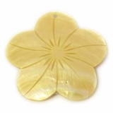 Mother Of Pearl Flower Shell Pendant 35mm