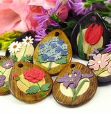 3D-Flower Designs on Drop Wood Pendants