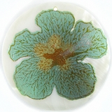 "Metallic Green ""Gumamela"" Flower Design Round Makabibi"