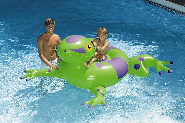 Inflatable Giant Pool Frog Ride-on Pool Toy