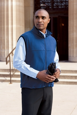 Chestnut Hill Men's Vest: Microfleece (CH905)