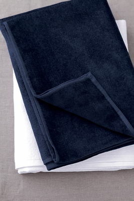 Towels Plus Beach Towel: 100% Cotton Midweight (T340)