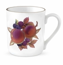 Royal Worcester Evesham Gold 12 Ounce Peach & Blackberry Mug