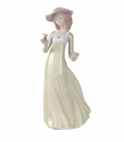 "Nao Porcelain ""Gentle breeze"" Figurine by Lladro"
