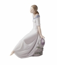 "Nao Porcelain ""Romantic dreams"" Figurine by Lladro"
