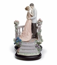 Lladro Moonlight Love Figurine