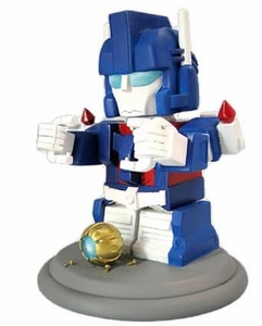 Transformers Exclusive Limited Edition Statue Figure Super Deformed Ultra Magnus