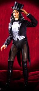 DC Direct Deluxe 1/6 Scale Collectors Action Figure Zatanna