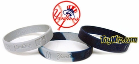 Official MLB Major League Baseball Team Rubber Bracelet New York Yankees Three Pack