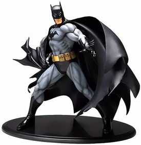 Batman Kotobukiya ArtFX 1/6 Scale Statue Batman [Black Costume] Pre-Order ships March