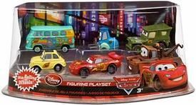 Disney / Pixar CARS 2 Movie Exclusive PVC Figurine Playset Lightning McQueen Pit Crew [Includes Luigi, Guido, McQueen, Mater, Sarge & Fillmore] With Rolling Wheels!